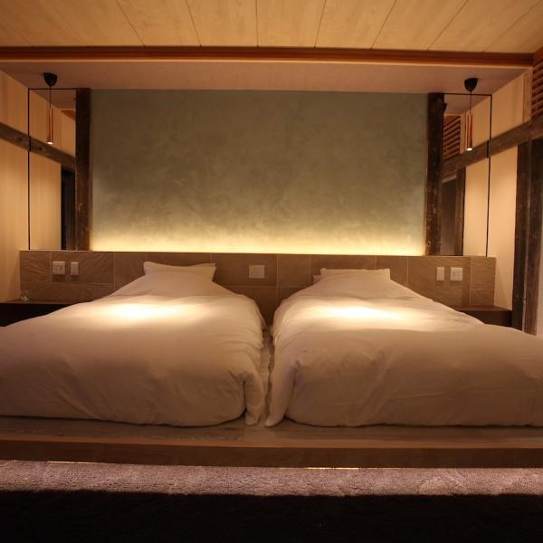 BEDROOM NIGHT2